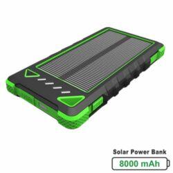 Napelemes hordozható akkumulátor 8000mAh fekete/zöld színben